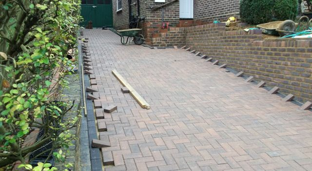 Mid Construction-Brand New Driveways in South London