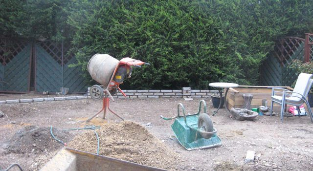 Mid construction in South London- Hard landscaping
