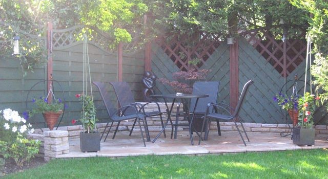 Modern Garden Patio in South London