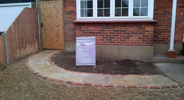 Curved Paving in Croydon, Bromley & South London